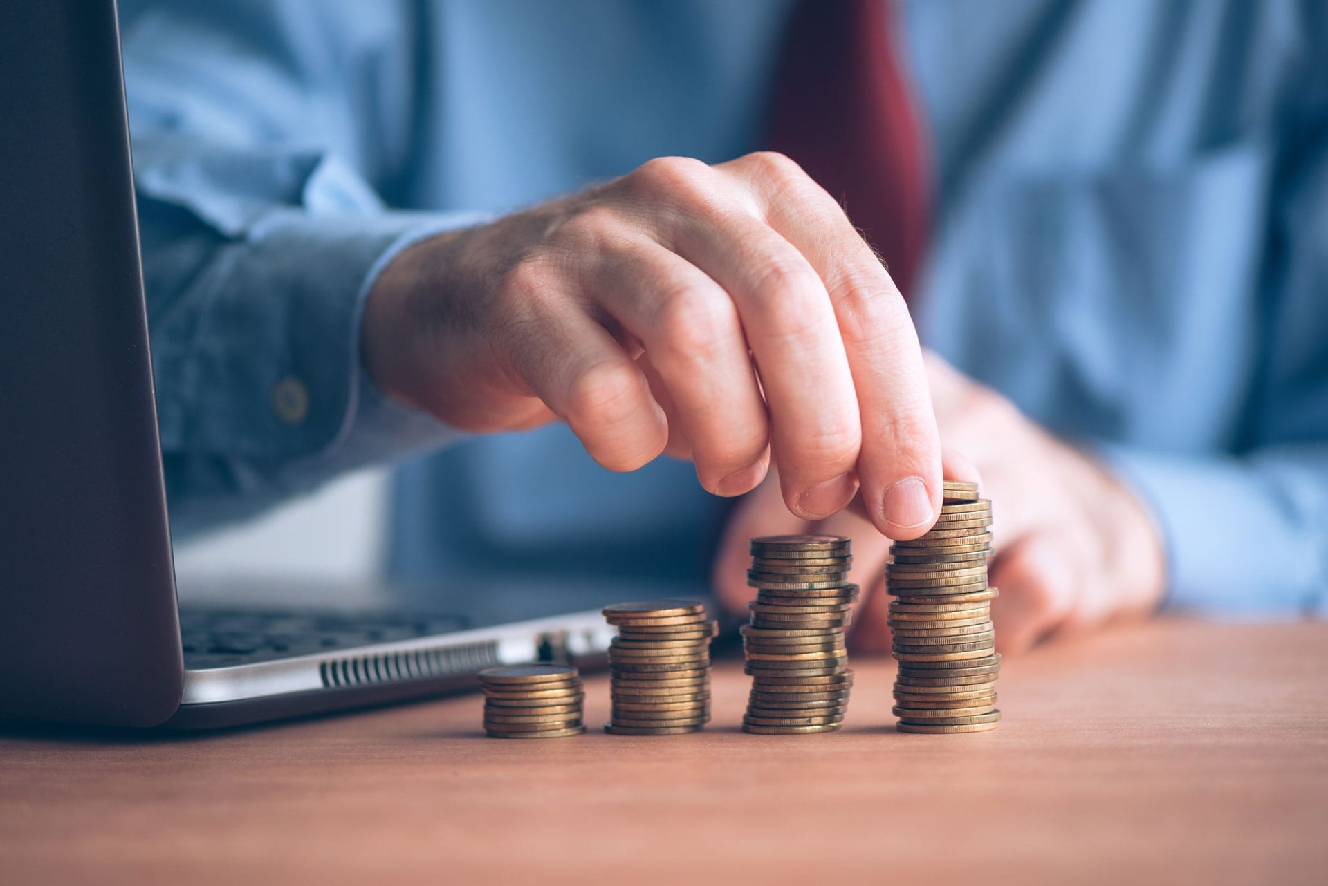 4 Ways a Long-term Relationship with a Transactional Attorney Can Save Money for Your Business