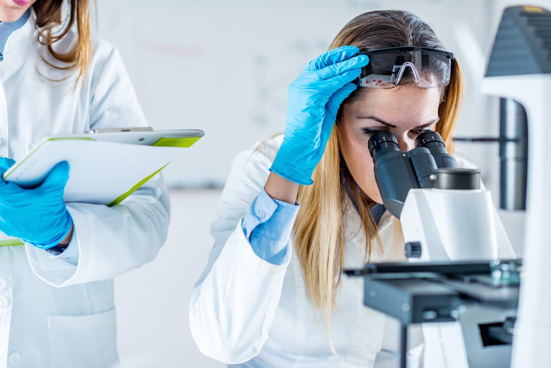 4 Ways Biotechnology Companies and Hospitals Can Benefit from Hiring a Healthcare Attorney
