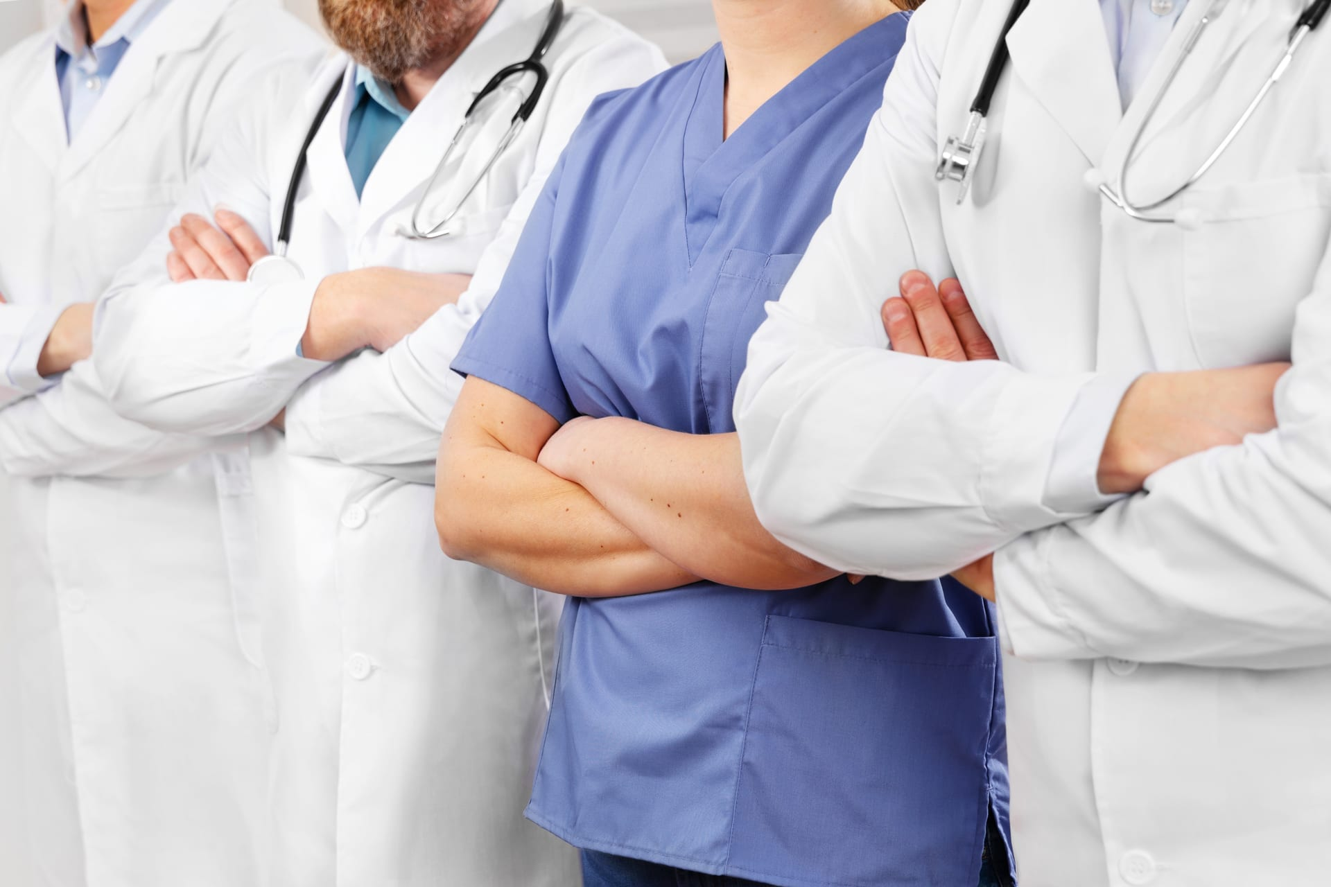 A Healthcare Attorney's Best Tips for Healthcare Professionals Negotiating Their Contracts